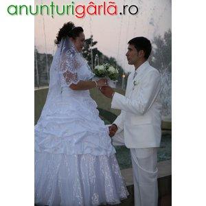 Imagine anunţ vand rochie mireasa si costum ginere