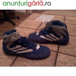 Imagine anunţ adidasi-ghete ADIDAS