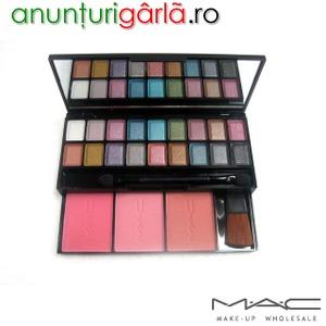Trusa Machiaj Make Up 18 Farduri Fard Mac 3 Nuante Blush