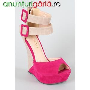 Imagine anunţ Pantofi eleganti, sandale, pantofi casual, balerini, genti si alte accesorii pentru femei.