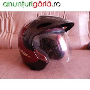 Imagine anunţ casca motociclisti in stare super o.k. model insider caberg.