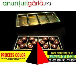 Imagine anunţ Chese aurii cu patru compartimente Process Color