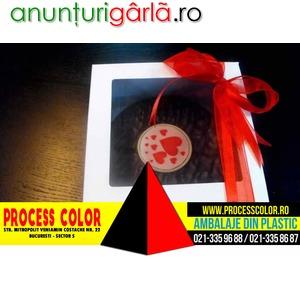 Imagine anunţ Cutii din carton alb cu fereastra torturi Process Color