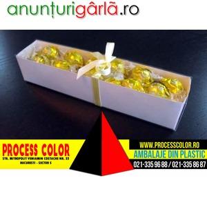 Imagine anunţ Cutii carton alb bomboane Process Color