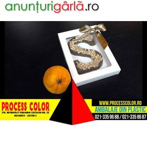 Imagine anunţ Cutii din carton cu fereastra pentru ciocolata Process Color
