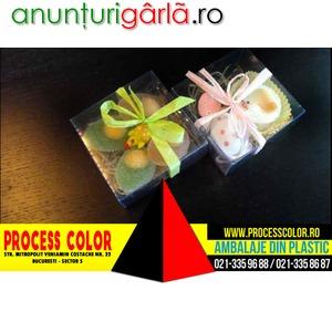 Imagine anunţ Cutiute plastic petit four personalizate Paste Process Color