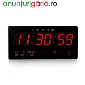 Imagine anunţ Ceas digital LED